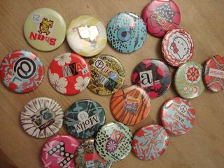 buttons badges custom